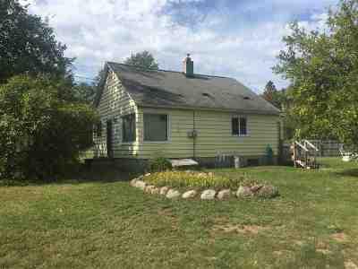 Marquette Single Family Home New: 605 Silver Creek Rd