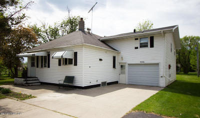 Red Lake Falls Single Family Home For Sale: 506 Chicago Avenue SW