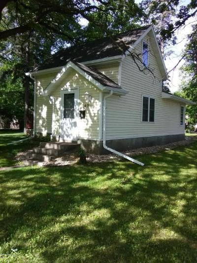 Thief River Falls Single Family Home For Sale: 347 Tindolph Avenue N