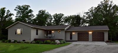 Thief River Falls Single Family Home For Sale: 14107 190th Avenue NE