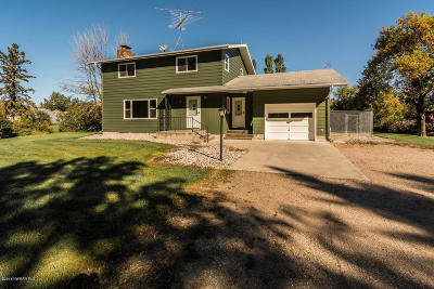 Crookston Single Family Home For Sale: 27172 360th Street SW