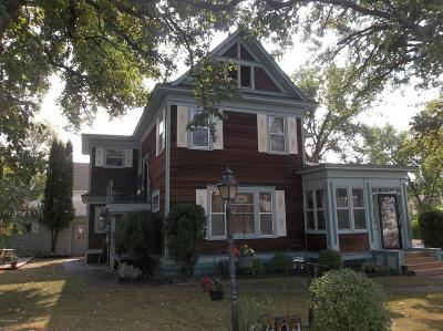 Single Family Home Pending: 604 1st Street E