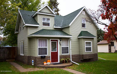 Thief River Falls Single Family Home For Sale: 409 Kendall Avenue S