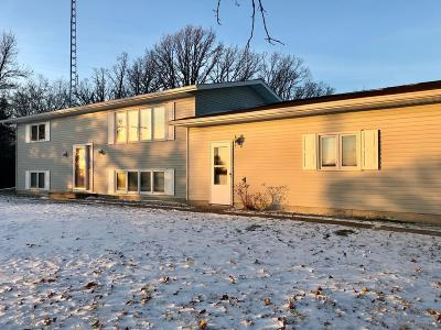 Badger Single Family Home For Sale: 32144 County 2 Road