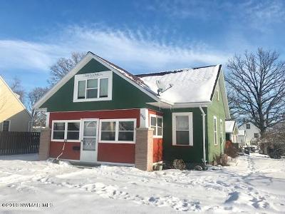 Thief River Falls MN Single Family Home For Sale: $165,000