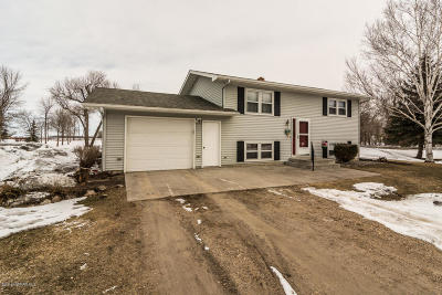 Crookston MN Single Family Home For Sale: $146,500
