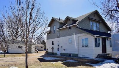 Red Lake Falls Single Family Home For Sale: 215 Hamilton Avenue NE