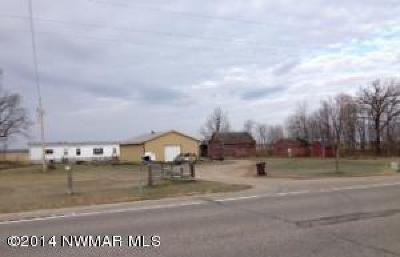 Thief River Falls Single Family Home For Sale: 11271 Us-59 Highway