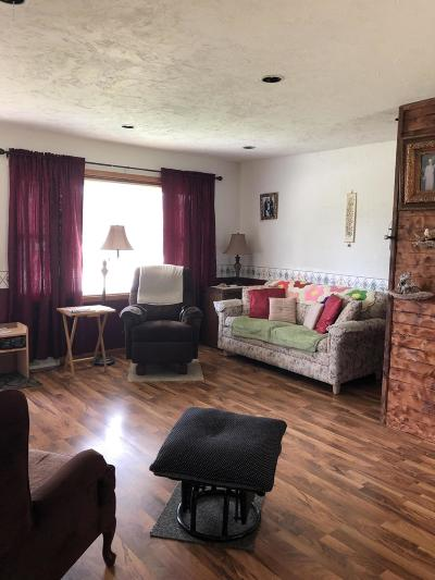 Oklee Single Family Home For Sale: 408 Governor Street