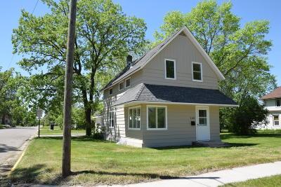 Bemidji Single Family Home For Sale: 1101 Minnesota Avenue NW