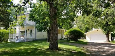 Fosston Single Family Home For Sale: 621 6th Street NE