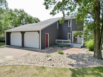 Bemidji, Shevlin, Solway, Bagley, Clearbrook, Leonard Single Family Home For Sale: 3102 Arrowwood Circle NW