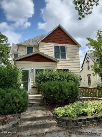 Crookston Single Family Home For Sale: 109 Lincoln Avenue