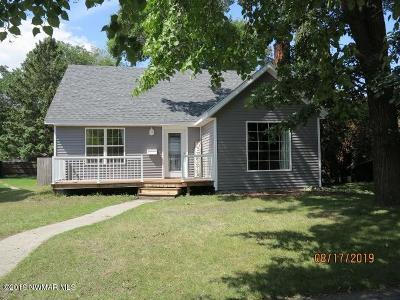 Thief River Falls Single Family Home For Sale: 341 Crocker Avenue N