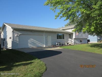 Thief River Falls Single Family Home For Sale: 14654 158th Street NE