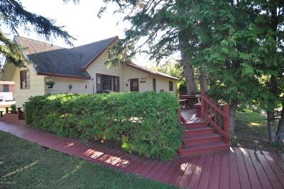 Single Family Home For Sale: 409 Main Street N