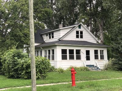 Crookston Single Family Home For Sale: 622 S Ash Street