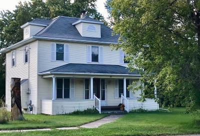 Red Lake Falls Single Family Home For Sale: 702 Broadway Avenue NE