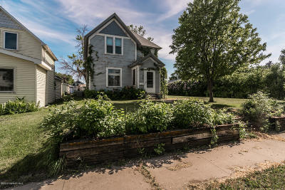 Crookston Single Family Home For Sale: 419 Stuart Avenue
