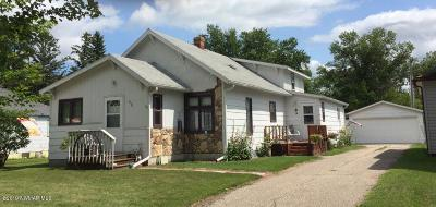 Oklee Single Family Home For Sale: 410 Main Street