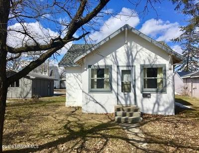Bemidji Single Family Home For Sale: 403 15th Street NW