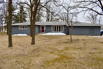 Single Family Home For Sale: 555 Park Avenue W