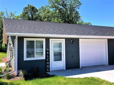 Badger Single Family Home For Sale: 204 West Poplar Unit A Avenue