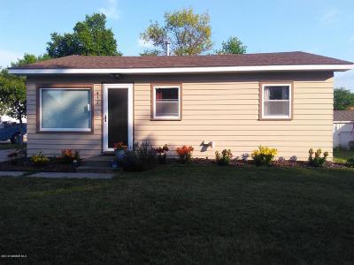 Warren Single Family Home For Sale: 412 E Prairie Avenue