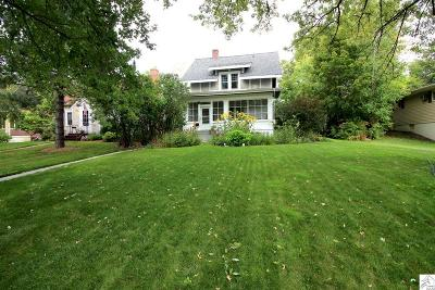 Duluth Single Family Home For Sale: 2220 Vermilion Rd