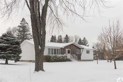 Superior Single Family Home For Sale: 2722 E 3rd St