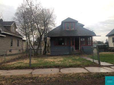 Single Family Home For Sale: 9238 Brook St
