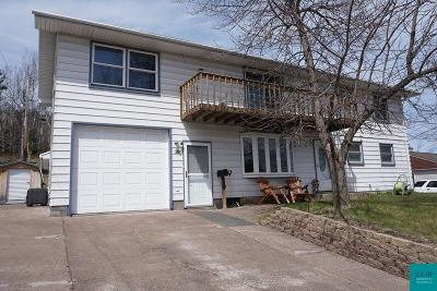 Single Family Home For Sale: 28 Burk Dr