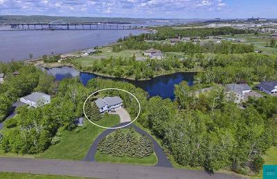 Superior Single Family Home For Sale: 5 Bridgeview Dr
