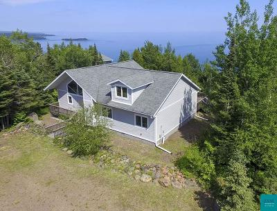 Two Harbors Single Family Home For Sale: 2052 Ridge Line Dr