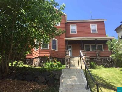 Single Family Home For Sale: 509 W 5th St