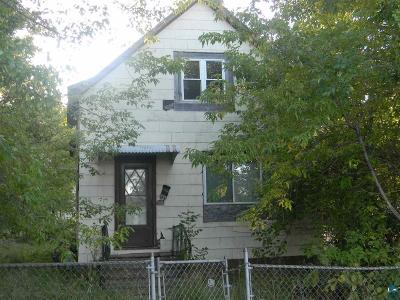 Duluth Single Family Home For Sale: 431 N 51st Ave W