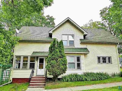 Single Family Home For Sale: 38 10th St S