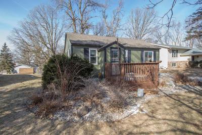 Single Family Home Sold: 405 N Park Street