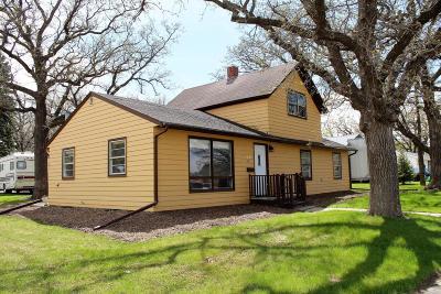 Douglas County Single Family Home For Sale: 1401 Hawthorne Street