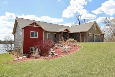 Single Family Home For Sale: 2812 Vonderheide Drive SW