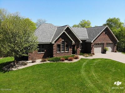 Douglas County Single Family Home For Sale: 8599 County Rd 21 SW