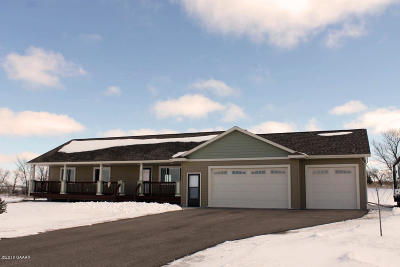 Douglas County Single Family Home For Sale: 2884 Sailor Drive NE