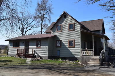 Douglas County Single Family Home For Sale: 481 County Rd 10 NE