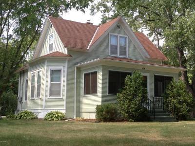 Douglas County Single Family Home For Sale: 1104 Elm Street