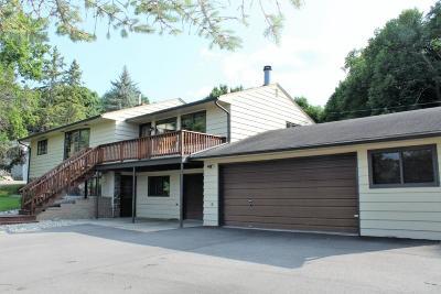 Alexandria Single Family Home For Sale: 2404 S Le Homme Dieu Drive NE