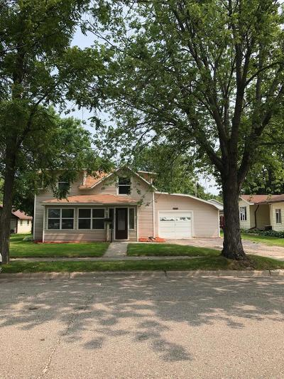 Douglas County Single Family Home For Sale: 917 Hawthorne Street