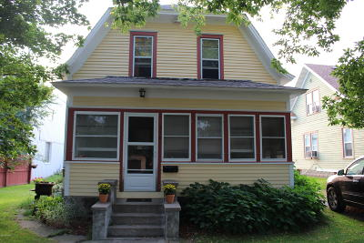 Douglas County Single Family Home For Sale: 516 Irving Street
