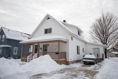 Melrose Single Family Home For Sale: 14 3rd Street SE