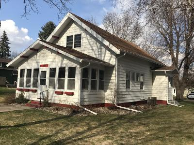 Alexandria MN Single Family Home For Sale: $225,000