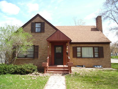 Douglas County Single Family Home For Sale: 1221 Douglas Street